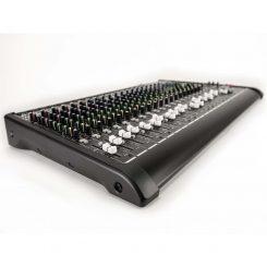 L-PAD-24CX-USB-COOL-1600.jpg